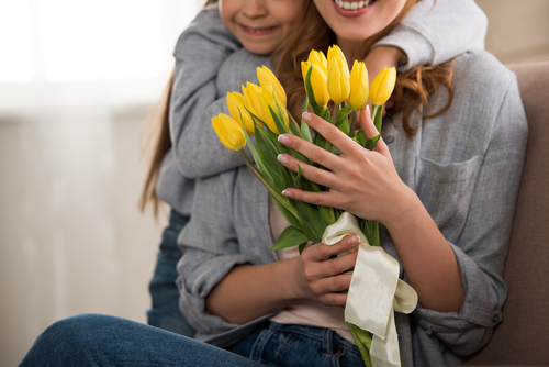 Three Spots for Mother's Day Meals banner