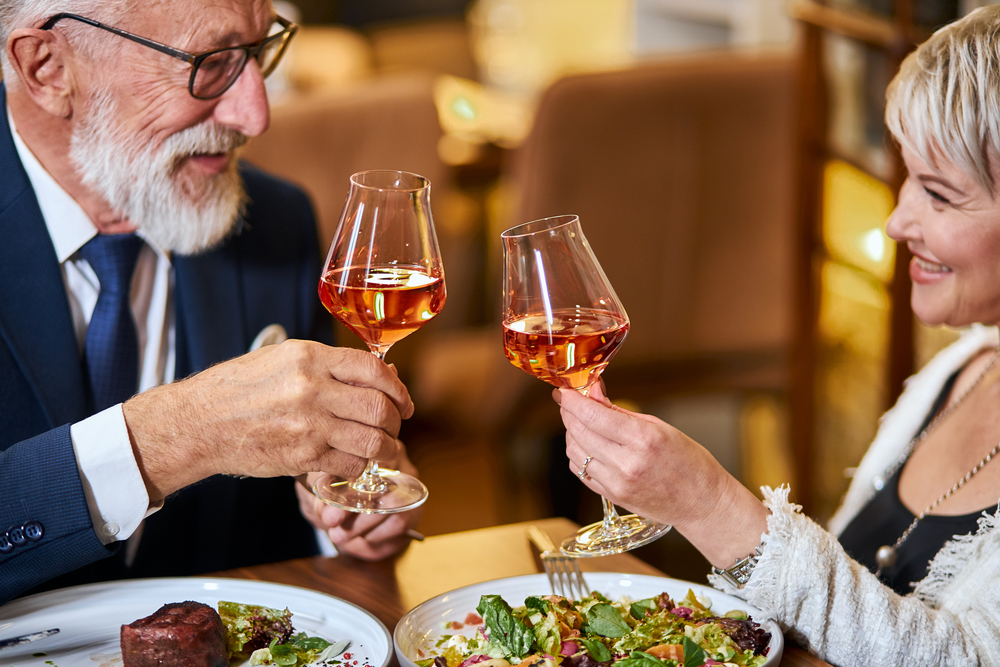Where to Get a Romantic Dinner Right Near Home banner